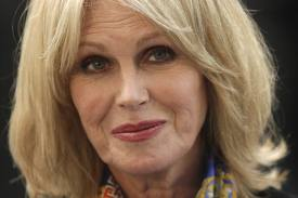 Joanna Lumley wants to see a ban to long distance animal transportation